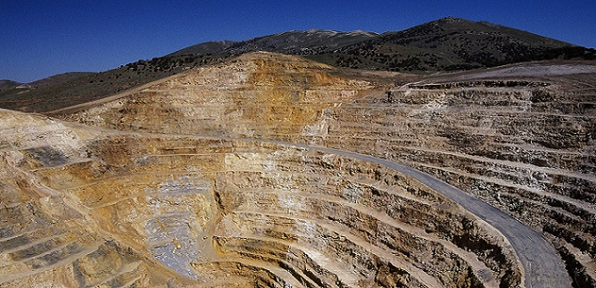 Premier Assets Production Barrick Gold Mine In 2015 Largest Gold Mines In The World I Gold Mines Around The World I Gold And Silver Mining I World Mining News I Gold